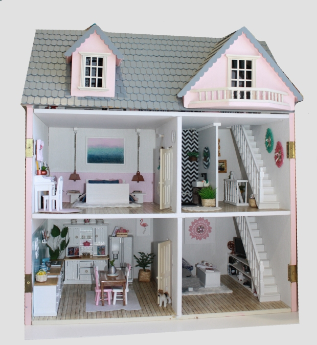 littlepinkmansion_wholehouse2