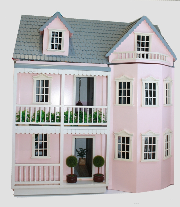 littlepinkmansion_wholehouse3